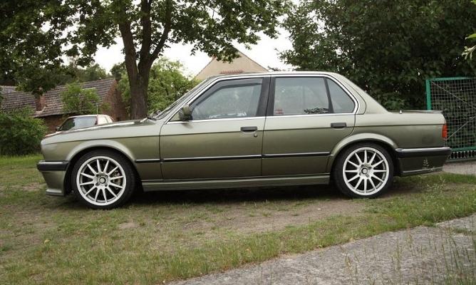 BMW28