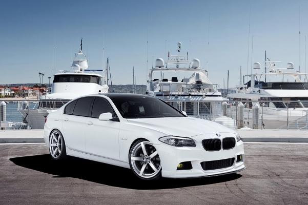 BMW18